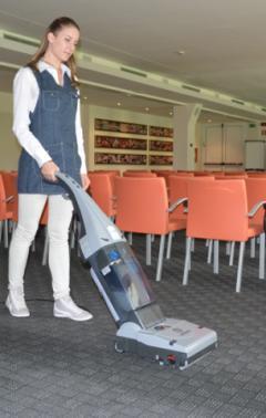 LINDHAUS LW30 PRO - Универсална машина за почистване на твърди и меки настилки, LINDHAUS, Подопочистващи машини, За пране на мокети и килими, За миене на твърди настилки 23bc1bc6